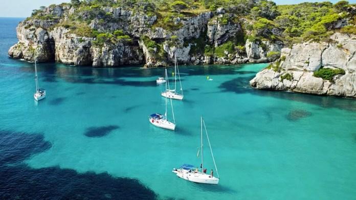 Qué ver y hacer en Isla de Menorca: las mejores playas