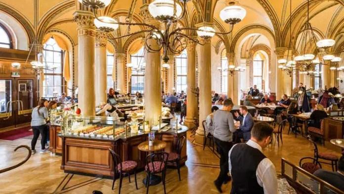 cafe central en Viena