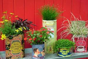 Recycle Vintage Tins