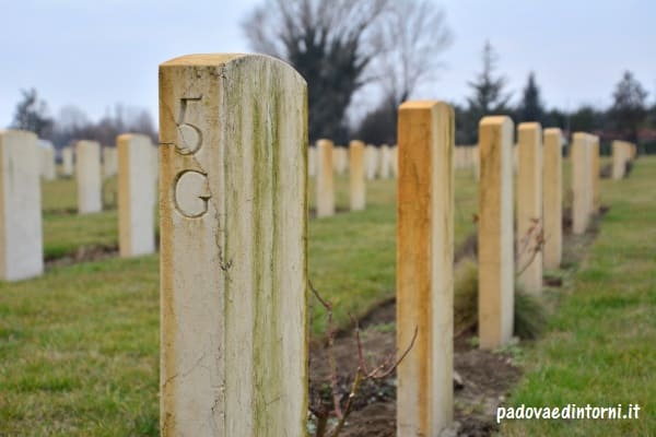 Padua War Cemetery - dettaglio lapide 5g ©RobertaZago - padovaedintorni.it