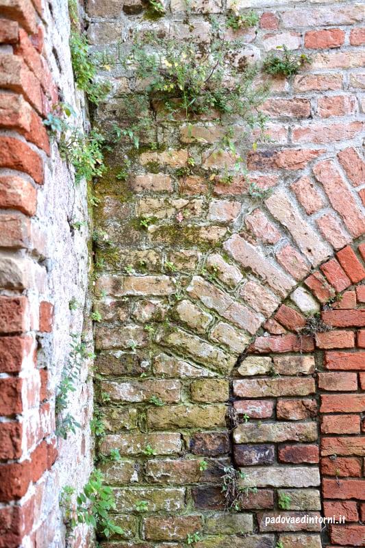 Lazzaretto vecchio Venezia - esterno ©RobertaZago padovaedintorni.it