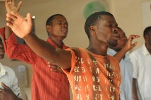 Bonne bataille à tous dans l'adoration en esprit et en Vérité