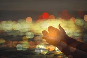 L'offrande agréable au Seigneur est celle qui est portée par les mains d'un cœur juste