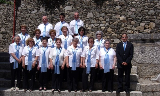 Grupo Coral Litúrgico de Santa Maria na missa crismal