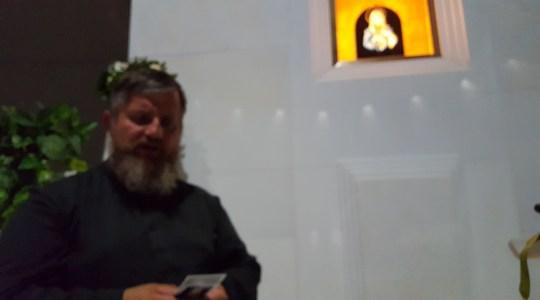Ksiądz Jarosław u Matki Bożej Płaczącej w Syrakuzach