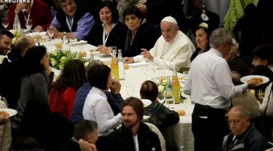 Najwięsza agapa - obiad  dla ubogich, zorganizowany na polecenie Ojca świętego Franciszka (Vatican Service News -19.11.2017