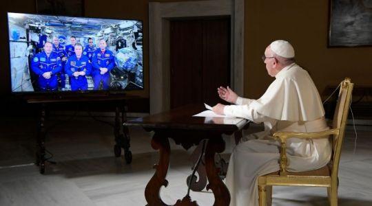 Spotkanie papieża z kosmonautami (Vatican Service News - 08.06.2018)