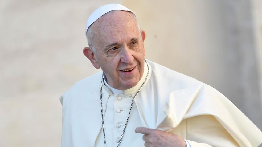 Słowo papieża na uroczystość Wniebowzięcia Najświętszej Maryi Panny (Vatican Service News - 15.08.2018)