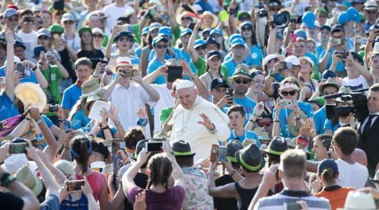 Papież spotkał się z ministrantami i ministrantkami (1.08.2018)
