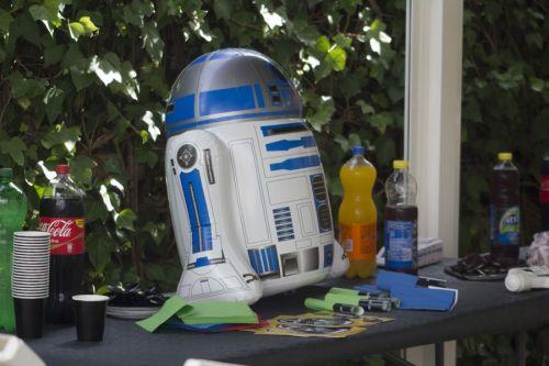 Muñeco teledirigido R2D2