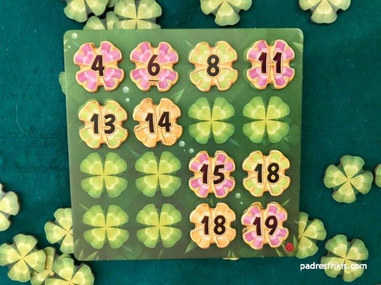 Este jugador la ha liado: fijaos cómo no puede colocar ningún número a la derecha del 14...
