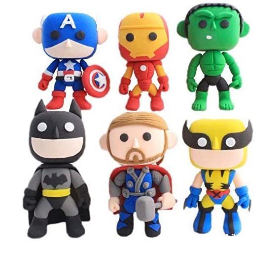 superheroes de plastilina