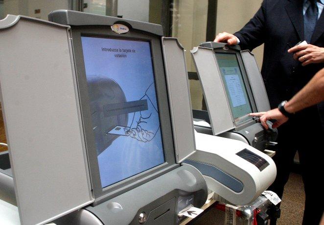 Voto electrónico en Neuquén : denuncian irregularidades