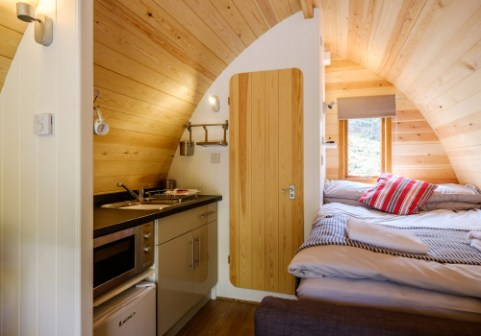 Padstow-creek-holiday-accommodation-cornwall-luxury-glamping-pods2-2