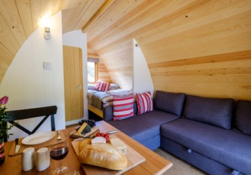 Padstow-creek-holiday-accommodation-cornwall-luxury-glamping-pods2-6