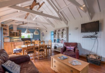 Padstow-creek-holiday-accommodation-cornwall-luxury-glamping-pods-padstow-18
