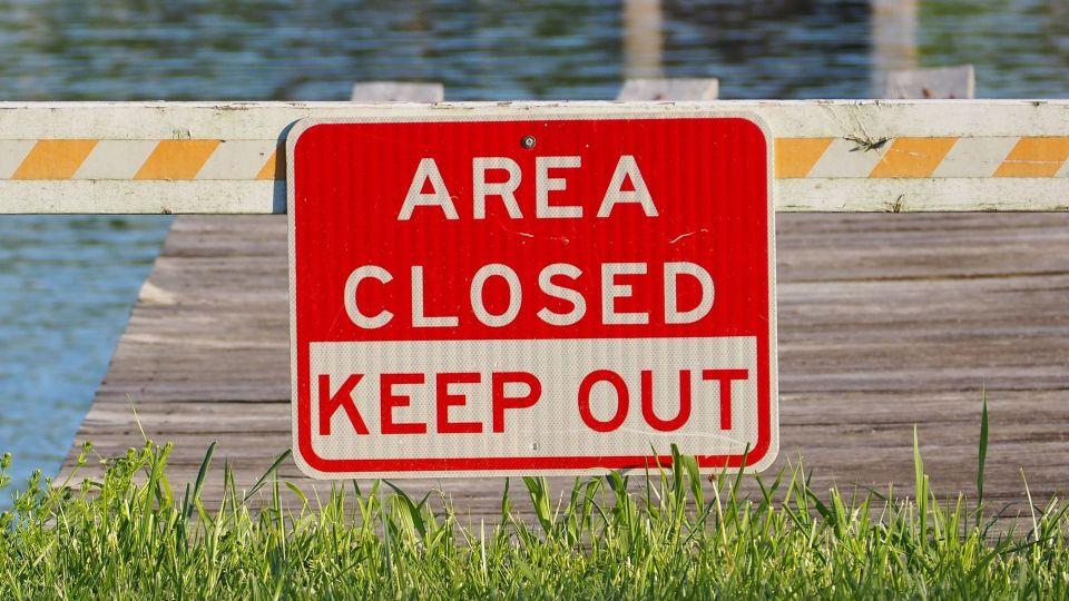 area-closed-1393118_1920