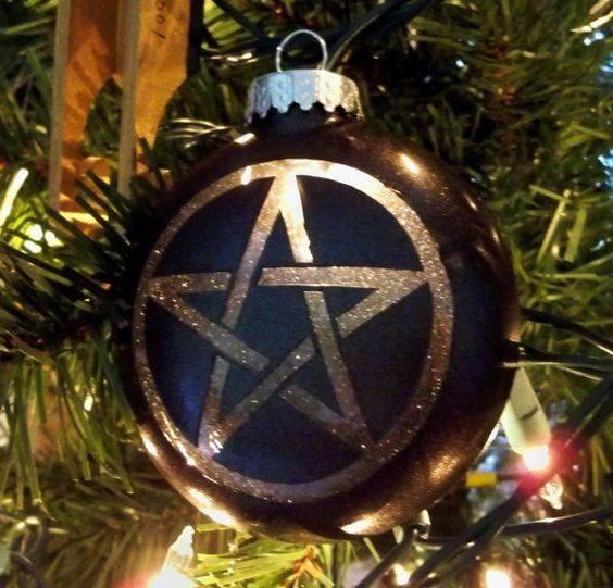 Where Did The Christmas Tree Tradition Originate: Traditional Pagan Christmas Decorations