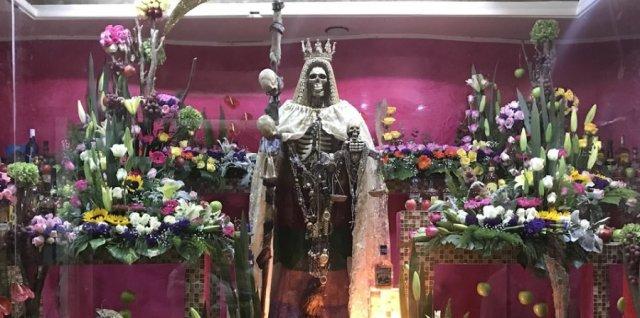 Sante Muerte Altar