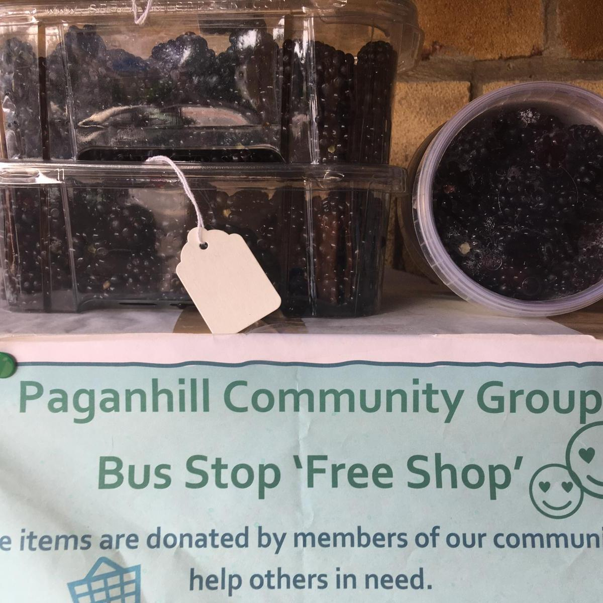Paganhill bus stop shop