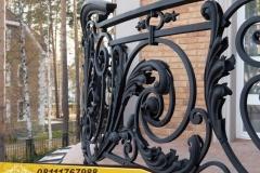 Railing-Balkon-Besi-Tempa-Klasik-Mewah-Modern-25