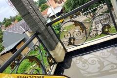 Railing-Balkon-Besi-Tempa-Klasik-Mewah-Modern-65