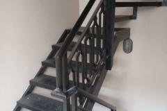 Railing-Tangga-Besi-Tempa-Klasik-Mewah-Modern-137