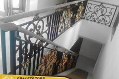 Railing-Tangga-Besi-Tempa-Klasik-Mewah-Modern-171