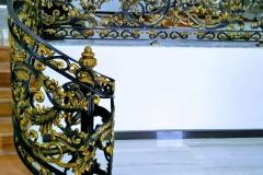 Railing-Tangga-Besi-Tempa-Klasik-Mewah-Modern-18