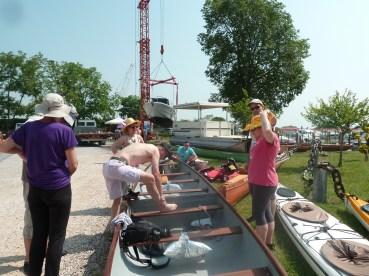 montage du canoë le samedi dès 9h, sur le quai du camping