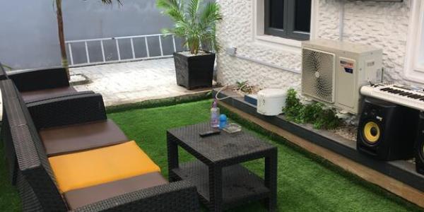 Kodeland Apartment House Outdoor Loung