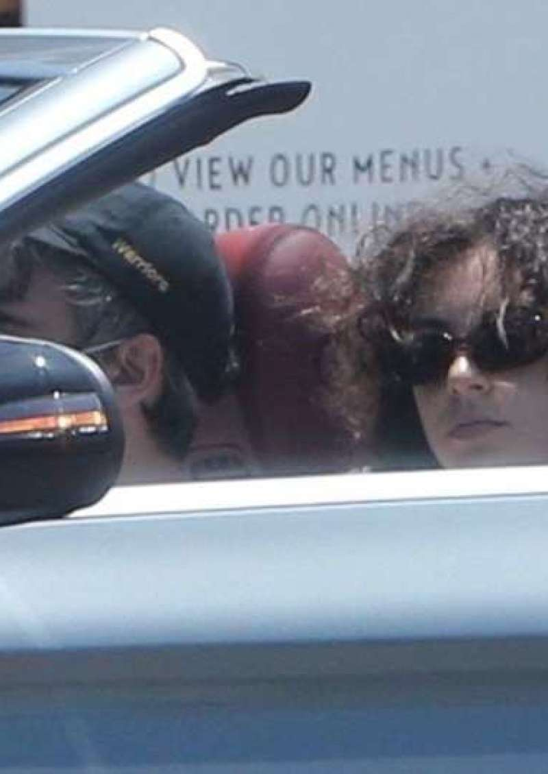 Charli XCX Came Out For Some Lunch With Her Boyfriend Huck Kwong In Los Feliz