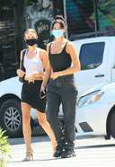 dua lipa latetst pictures in new york city 3. o 128w 186h