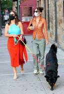 emily ratajkowski seen walking her dog colombo with a friend and husband in new york city 13. o 128w 186h