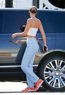 Kendall Jenner seen leaving 40 Love restaurant after lunch with friends in West Hollywood