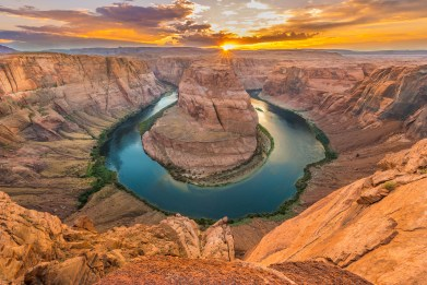 horseshoe-bend-hat