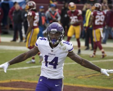 Keith Allison/Hanover, MD, USA - Stefon Diggs Vikings at Redskins 11/12/17