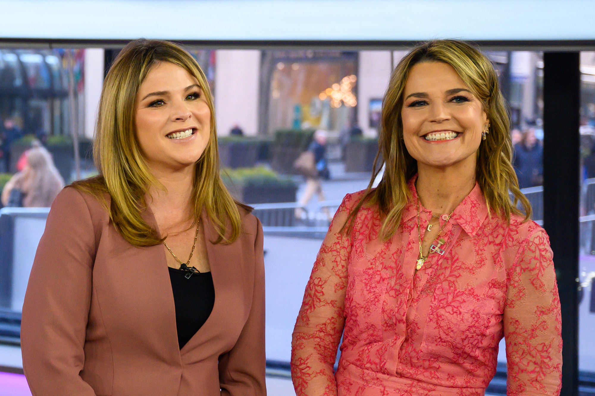 Savannah Guthrie Is Godmother To Jenna Bush Hager S Son Hal