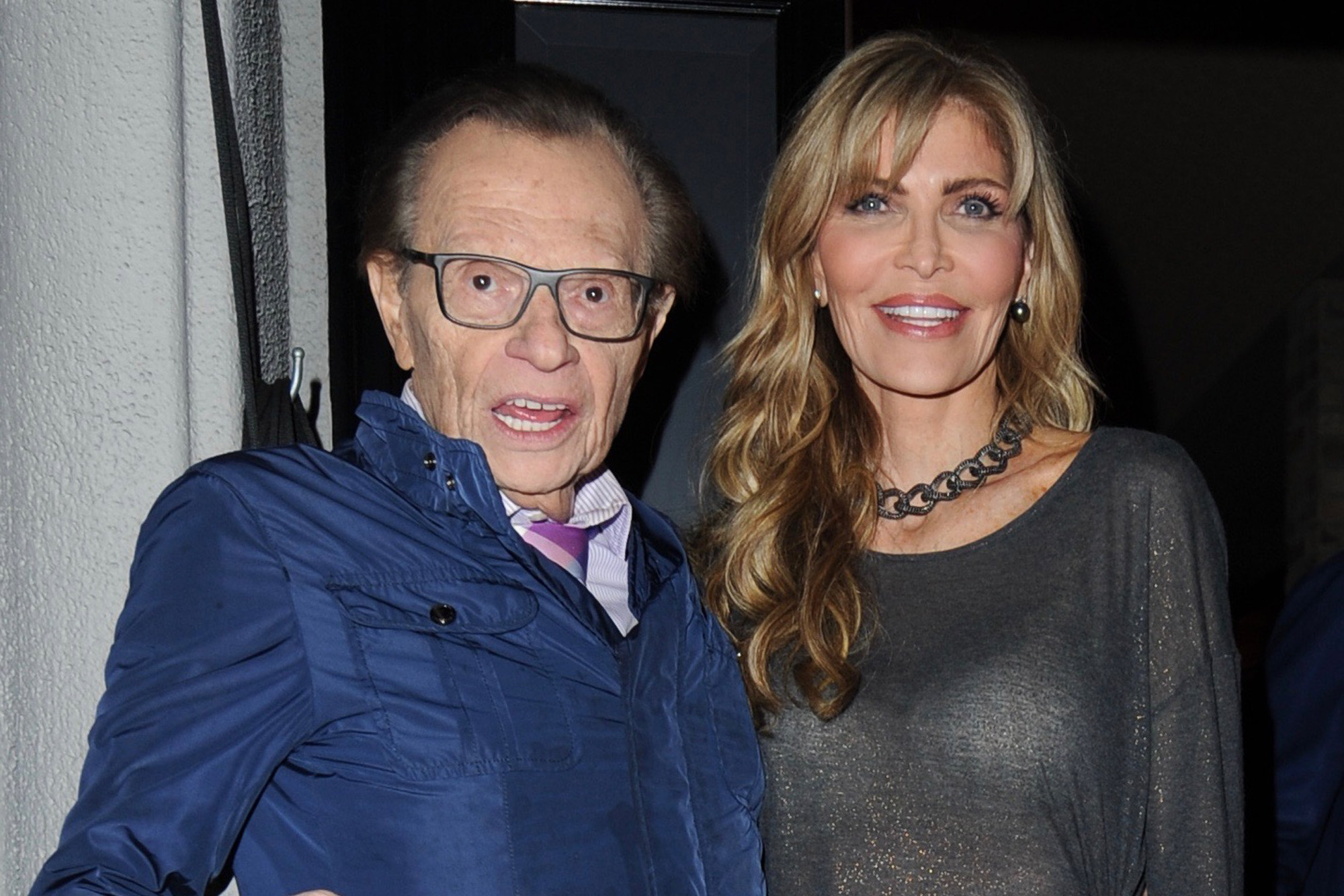 Larry King S Estranged Wife Seeks 33k A Month In Spousal Support