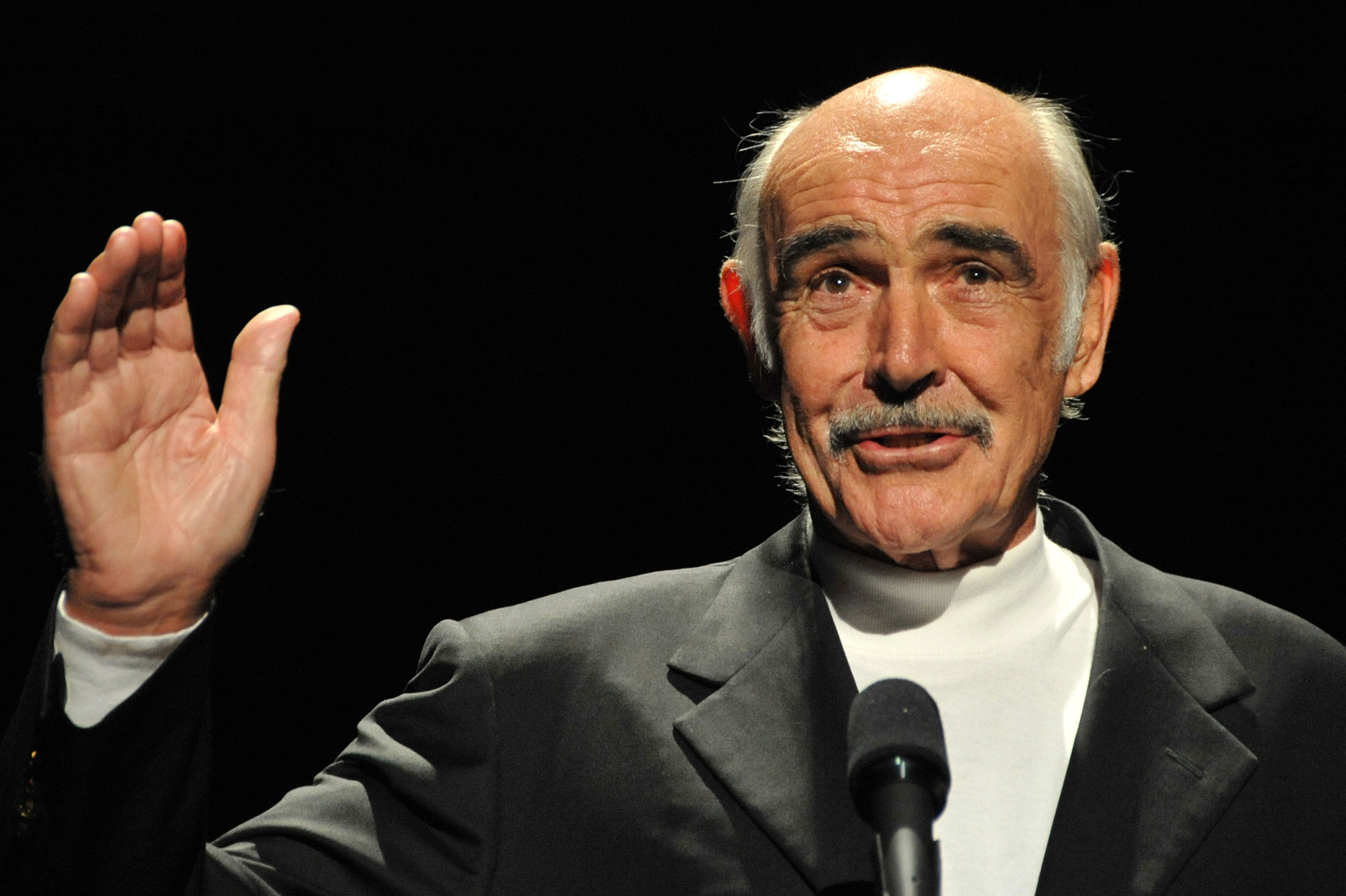 Sean Connery's cause of death listed as pneumonia, heart problems and 'old age'