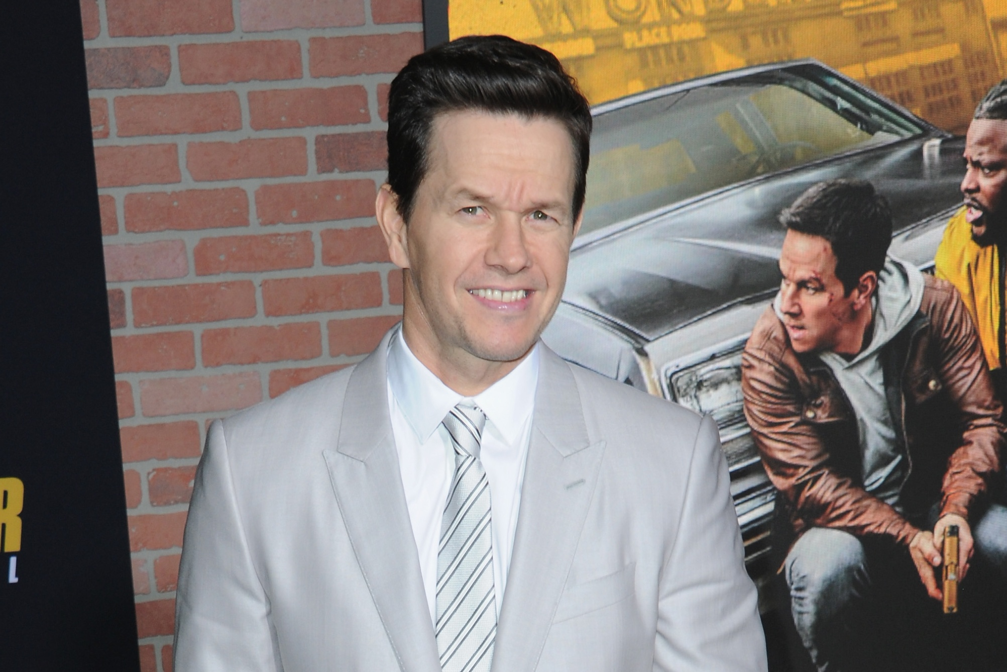 Mark Wahlberg Drops 400k To Quarantine Like A King In Byron Bay Page Six