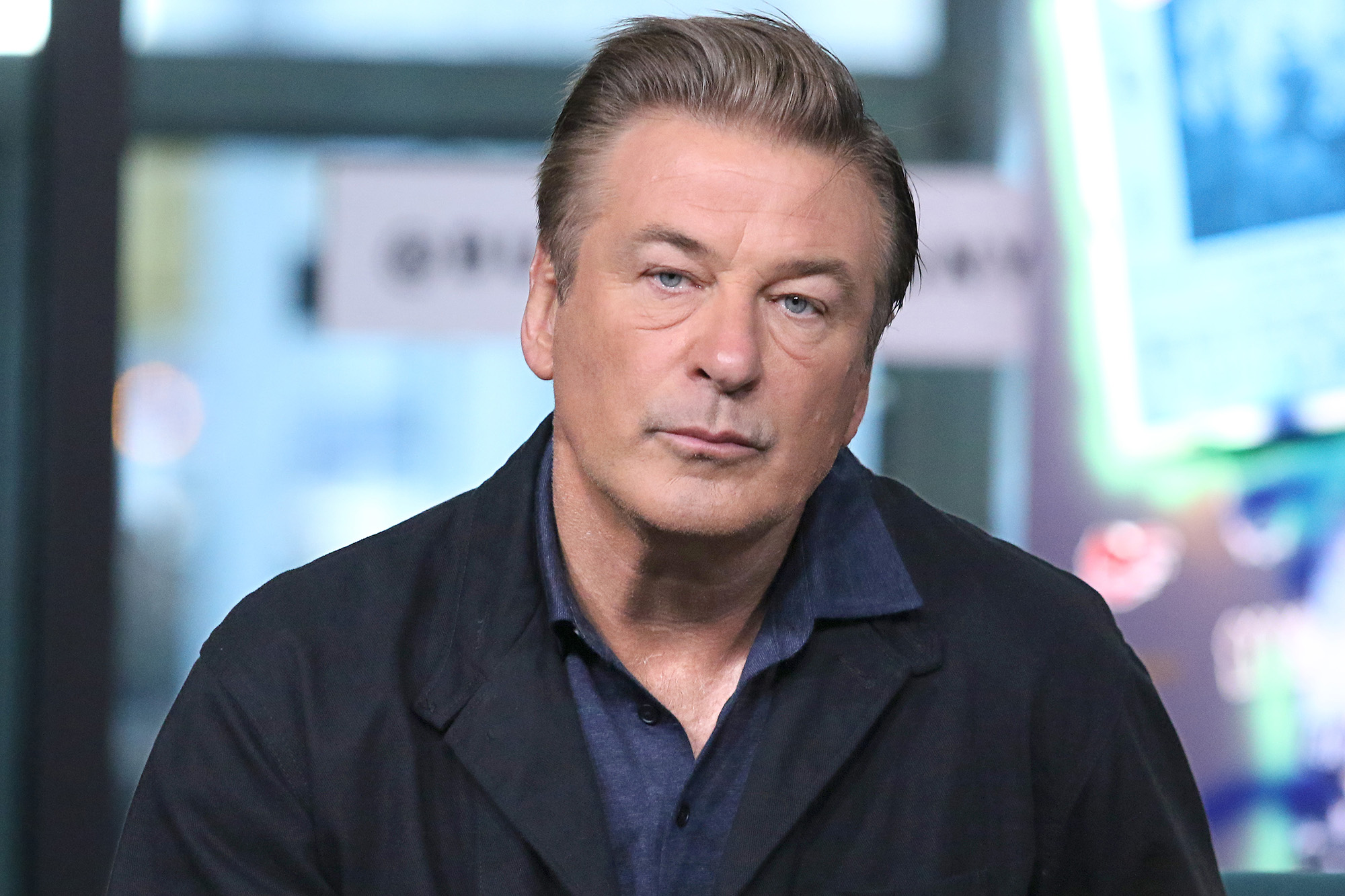 Alec Baldwin snaps at fan for questioning Hilaria's sixth ...