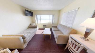 Two-Room-Suite---Page-Terrace-Beachfront-Hotel-in-Florida-(2)