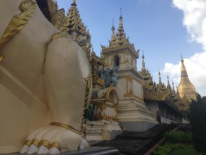 Burma Budget and My Myanmar Travel Tips - Shwedagon Paya