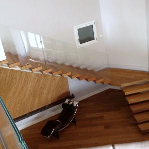 Scala Acciaio, legno e vetro