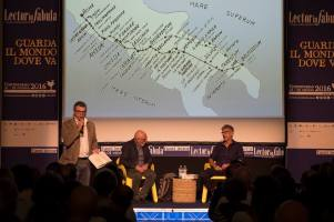 Da sinistra: Filippo Giannuzzi, Paolo Rumiz e Massimo Gaudiuso - foto Mattia Ramunni