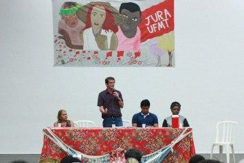 """""""É preciso construir um novo formato de comunicação popular"""", defende Gilmar Mauro, coordenador nacional do MST, em Cuiabá"""
