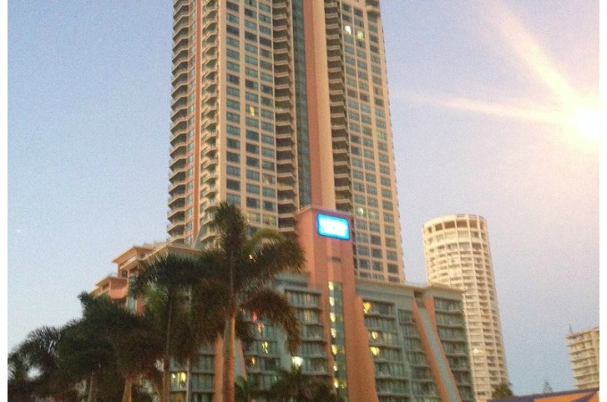 Family Friendly Holiday at Mantra Crown Towers Surfers Paradise – a review.