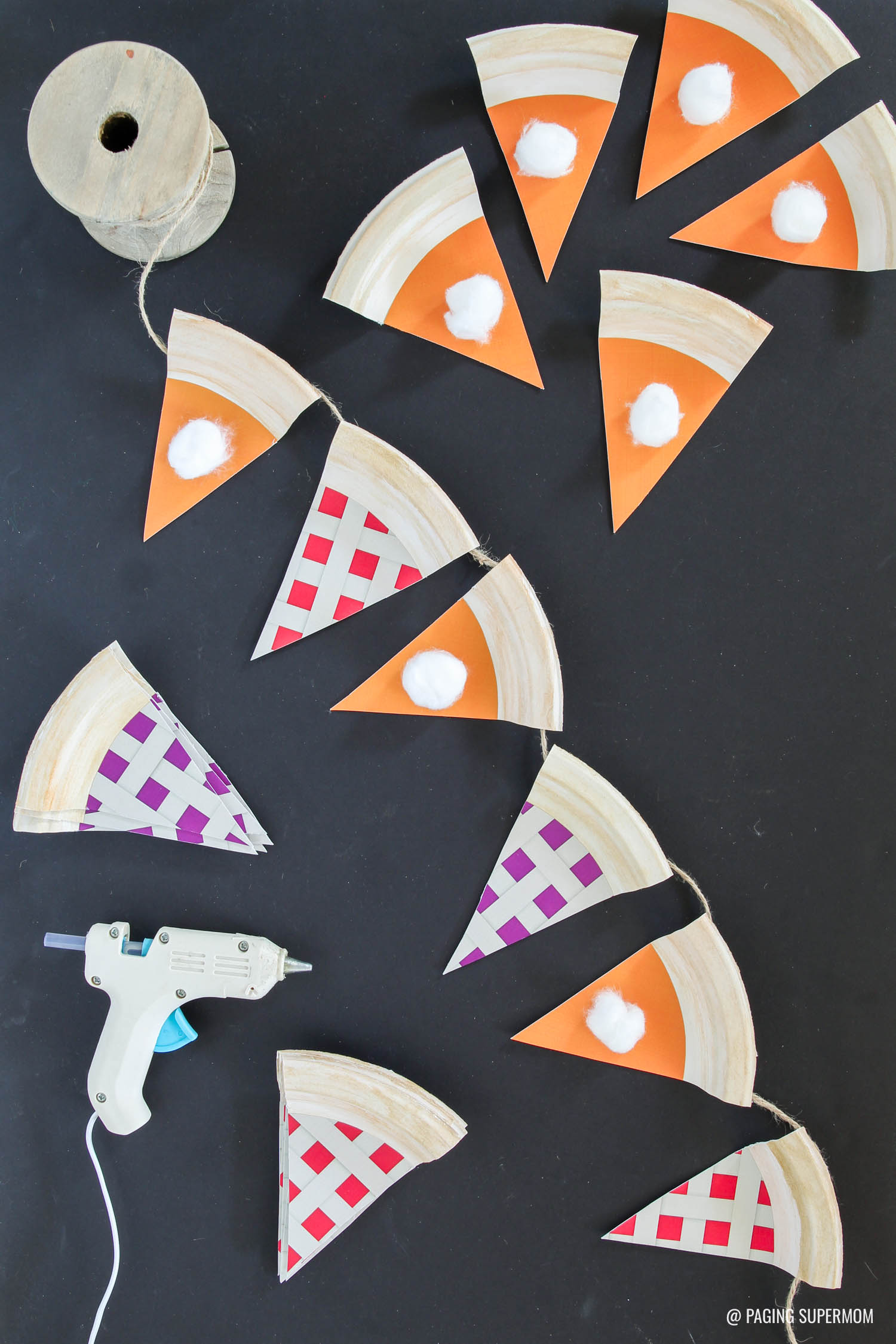 Paper Plates Thanksgiving