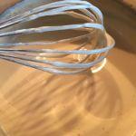Cremă de gălbenușuri prăjitură cio-cio-san